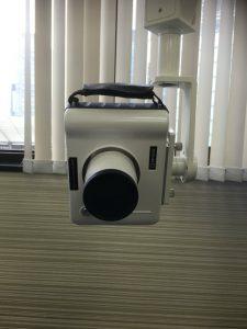 ポータブルデンタル照射機